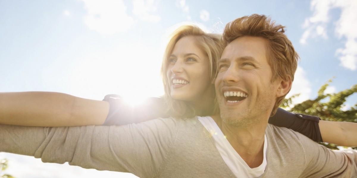 HAPPY-COUPLE-e1453420356702